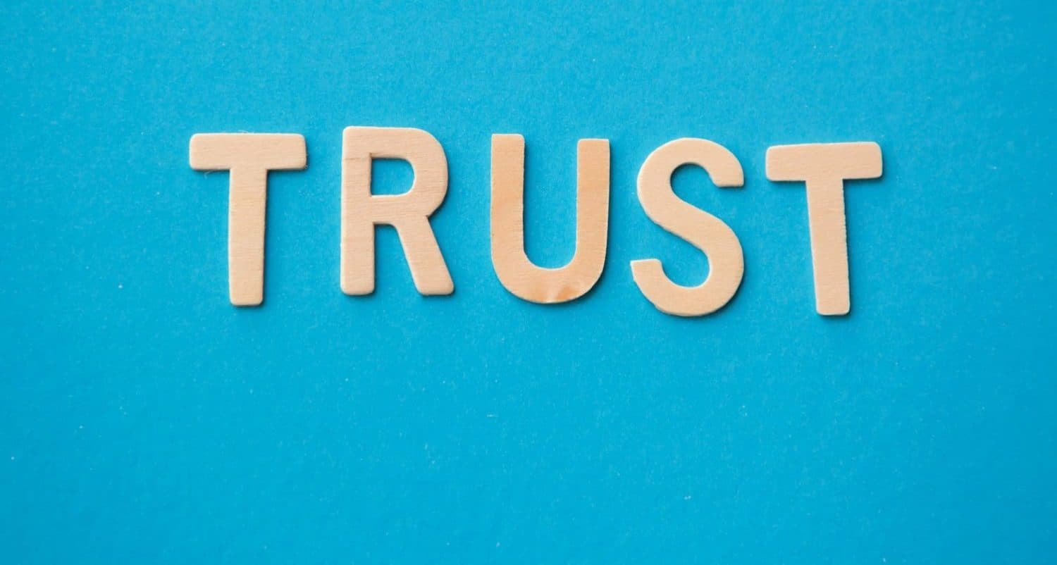 the word trust to depict the importance of trusted reviews